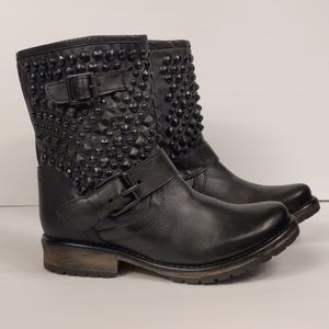 Steeve Madden Black Studded Monicaa Moto Boots NEW